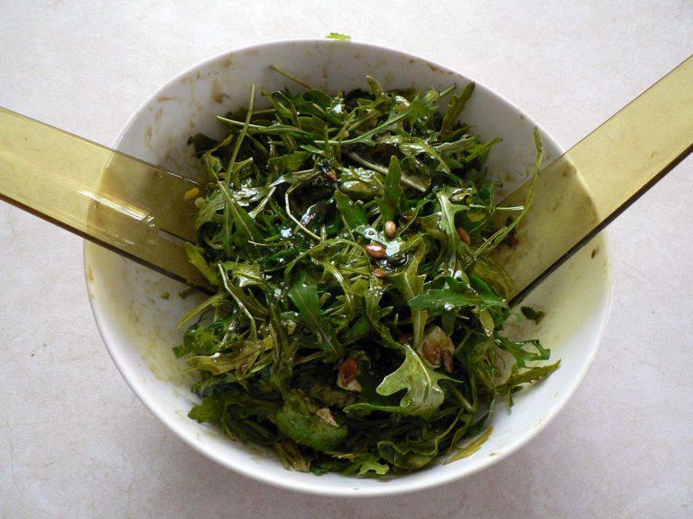Przepisy na smaczne i zdrowe sałatki