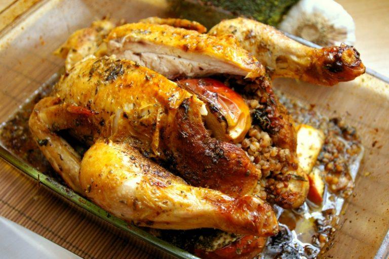 Kurczak nadziewany kaszą gryczaną i jabłkiem