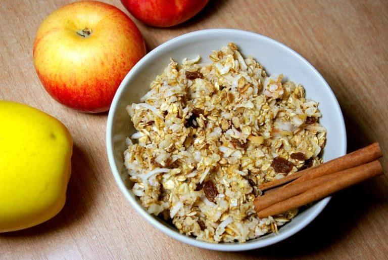 Zapiekana owsianka szarlotka czyli jak odmienić swoje śniadanie