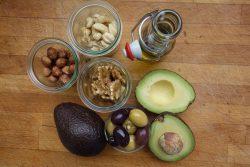 Tłuszcze w diecie – czy powinniśmy ich unikać?
