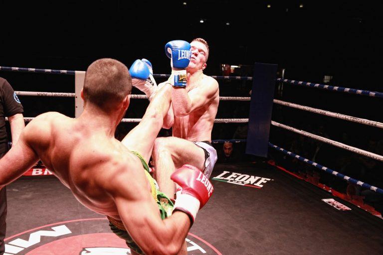 Suplementy dla tajskich bokserów i zawodników MMA