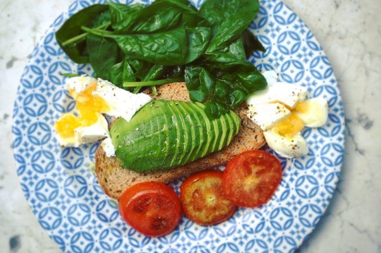 Niedoczynność tarczycy – jak wspomóc się dietą?
