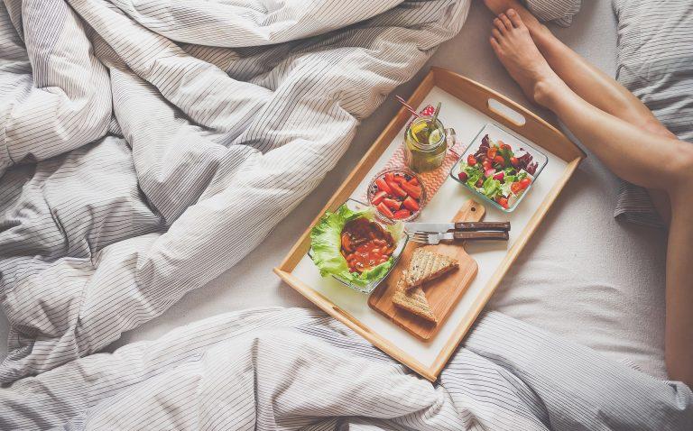 Czy pomijanie śniadania niesie za sobą korzyści?