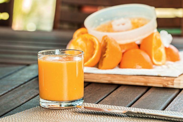 Sok pomarańczowy – cukier w płynie czy samo zdrowie?
