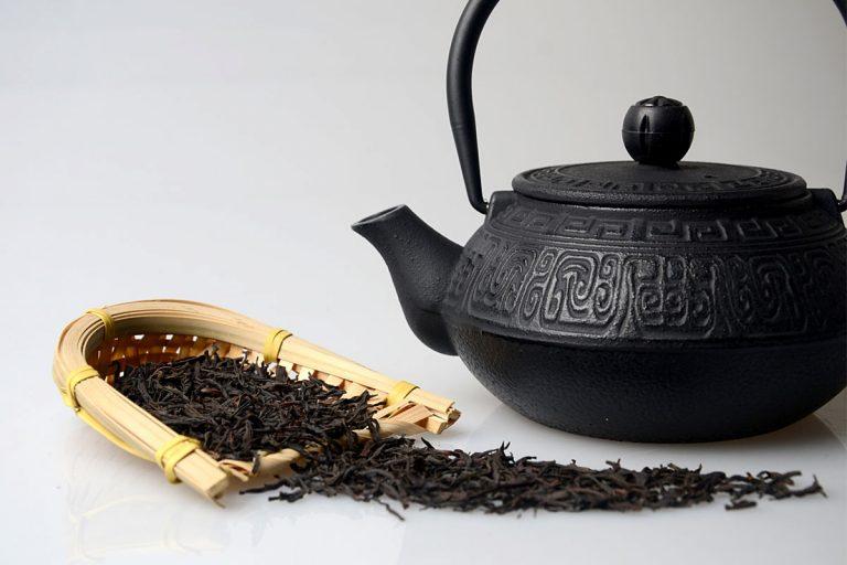Herbaty i ich wpływ na wchłanianie żelaza z posiłków – prawda czy mit?