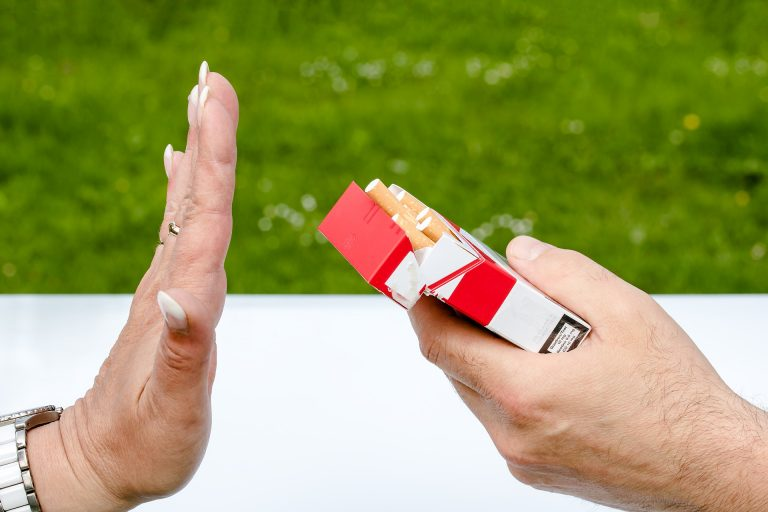 Czy zaprzestanie palenia papierosów skutkuje wzrostem masy ciała?
