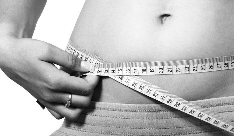 Czy okresowy post jest skutecznym narzędziem w celu utraty masy ciała?