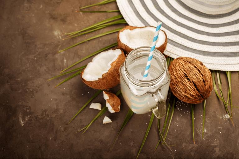 Woda kokosowa – krótkie kompendium wiedzy