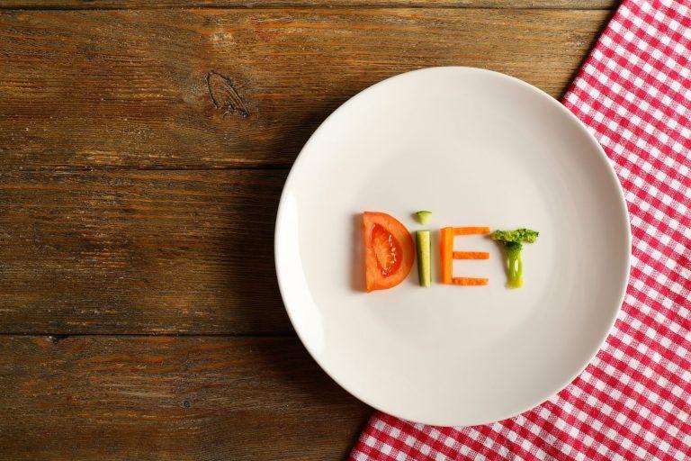 Czy głodówki są lepszym wyborem od typowej diety redukcyjnej?