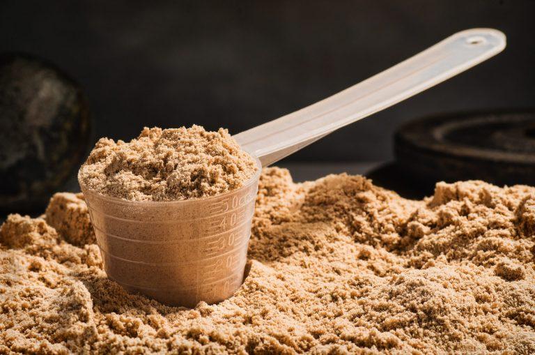Koktajle białkowe a wpływ na mięśnie po treningu