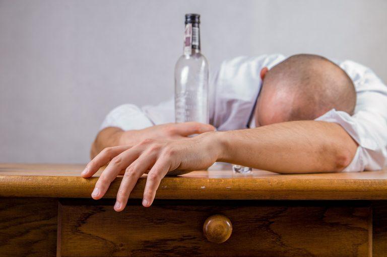 Alkohol a nadmiar żelaza