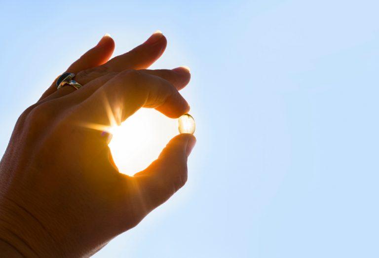 Wpływ ekspozycji na słońce w porównaniu z doustną suplementacją witaminy D
